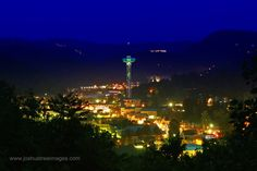Downtown Gatlinburg Gatlinburg is a city of beauty and one that I absolutely love.