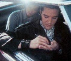 Elvis in his car in L-A in september 3  1968.
