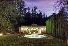 I want a backyard like that!