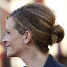 Julia Roberts sophisticated bun