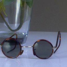 Vintage new teashades round sunglasses Bakelite turtle frame glass lenses