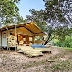 At AfriCamps at Mackers you can enjoy glamping in style and embrace nature on the banks of the Sabie River. Wooden Decks, Open Plan Living, Ultimate Travel, Glamping, Dining Area, Banks, Tent, Swimming Pools, National Parks