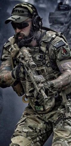 FDT Gloves - Alpha Series - HCC Tactical The best tactical gloves money can buy!The best tactical gloves money can buy! Tactical Beard, Tactical Gloves, Tactical Wall, Tactical Store, Tactical Equipment, Tactical Survival, Survival Gear, San Francisco Giants, Stand Up Paddle Board