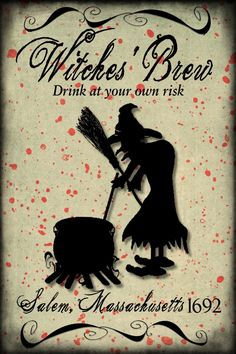 My Two Pz: Halloween Wine Bottle Labels Potion Labels, Wine Bottle Labels, Wine Bottle Crafts, Halloween Bottle Labels, Halloween Apothecary, Apothecary Jars, Halloween Prints, Halloween Fun, Printable Labels