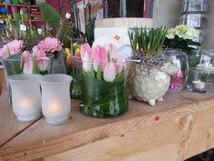 Tulpen in vaasjes