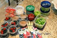 Your Own Satisfying and Healthy Road Trip Food! Satisfying, Healthy Road Trip Food for Pennies- Pack Your Own!Satisfying, Healthy Road Trip Food for Pennies- Pack Your Own! Lunch Snacks, Healthy Snacks, Healthy Recipes, Car Snacks, Healthy Kids, Airplane Snacks, Healthy Eating, Fruit Strips, Planning Menu