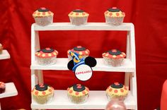 Cupcakes magical of mickey 2nd Birthday, Minions, Mickey Mouse, Cupcakes, Desserts, Food, Second Anniversary, Tailgate Desserts, Cupcake