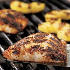 Healthy Recipes Perfect for the grill outdoors or Double Burner Grill Pan indoors.Blackened Cod with Grilled Pineapple - The Pampered Chef® - Sweet grilled pineapple complements the heat of homemade blackening seasoning on these spicy cod fillets. Grilled Pineapple Recipe, Grilled Fish Recipes, Pineapple Recipes, Grilling Recipes, Seafood Recipes, Cooking Recipes, Grilling Ideas, Fish Recipes For The Grill, Bbq Fish Recipes
