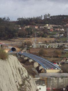 Fotografías de obra del acceso norte a Vigo del Eje Atlántico de Alta Velocidad, cerca de Redondela