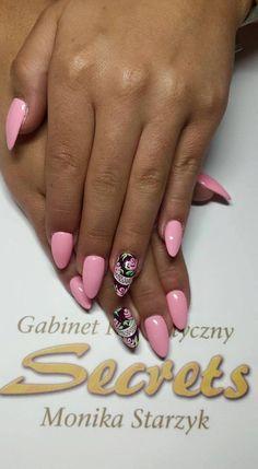 by Monika Starzyk :) Find more inspiration at www.indigo-nails.com #nailart…