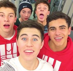 They all have nice faces on and then you see Cameron.lol i love Hayes and Nash eyes .