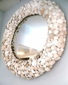 & Crafts -A House Tour Jaw dropping shell mirror made with hand collected shells and Ikea mirror frame.Jaw dropping shell mirror made with hand collected shells and Ikea mirror frame. Seashell Art, Seashell Crafts, Beach Crafts, Seashell Wreath, Decor Crafts, Home Crafts, Arts And Crafts, Diy Crafts, Diy Mirror