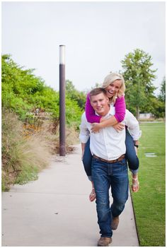 Lindsay + Donovan   Love Shoot; relaxed engagement pictures with hot pink and white; www.daisymphotography.com/blog summer engagement photos; chattanooga wedding photography