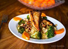 Sweet 'n Smoky Tofu Cashew Broccoli Bowl