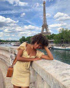 """dreaming of a parisian lifestyle"" Black Girl Fashion, French Fashion, Style Fashion, Fashion Beauty, Vintage Fashion, 80s Fashion, European Fashion, Fashion 2020, Dress Fashion"