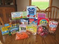 Keeping food budget down on vacation--feeding the family away from home  www.sistersshoppingonashoestring.com