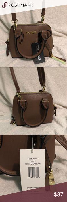 NWT Steve Madden Crossbody Bag •Brand New •Crossbody Style •Taupe Color Steve Madden Bags Crossbody Bags