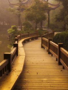 awesome images: Footpath and Pavillon, West Lake, Hangzhou, Zhejiang Provence, China