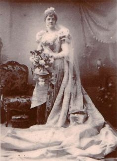 """Alfred Ellis photograph of Nancy McIntosh as Princess Zara (Act Two) in the original 1893 production of """"Utopia, Limited"""" at the Savoy Theater."""