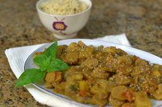 Petiscana: Guisado vegetariano com couscous [Vegetarian stew with couscous]