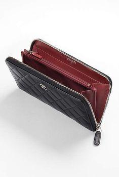 d62ea7a1bb133f Classic zipped wallet, lambskin-black & burgundy - CHANEL