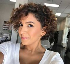 Here are 20 latest short curly hairstyles, from Short-Haircut: Curly beauties, this is the ideal place for you if you want to explore the wonderful curly short hair styles we have specially searched…More Short Curly Hairstyles For Women, Popular Short Haircuts, Haircuts For Curly Hair, Curly Hair Styles, Natural Hair Styles, Pixie Haircuts, Bob Haircut Curly, Medium Haircuts, Hairstyle Short