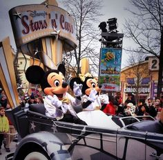 #Disneyland Paris. Mickey and Minnie Mouse in the Stars 'n Cars Parade in the Walt Disney Studio's park #DLP #DLRP
