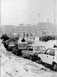 La nevicata del 1985 - Come dimenticarla? http://www.bresciavintage.it/brescia-antica/episodi-storici/la-nevicata-del-1985-come-dimenticarla/