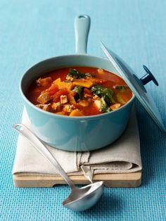 Veganes Tomaten-Gemüseragout mit Tofu   http://eatsmarter.de/rezepte/tomaten-gemueseragout-mit-tofu