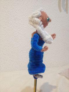 Elsa hecho con limpiapipas