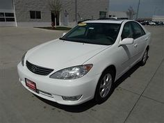2006 Toyota Camry XLE available in Iowa City and Rapid City