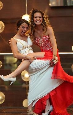 cute best friend prom pictures - Google Search