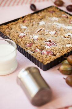 MEDOVÝ KOLÁČ S ANGREŠTEM Banana Bread, Diana, Food And Drink, Pudding, Baking, Desserts, Recipes, Fit, Tailgate Desserts