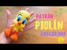 Piolin amigurumi crochet español/ingles - YouTube Youtube, Crochet Disney, Free Pattern, Chrochet, Youtubers, Youtube Movies
