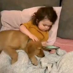 We all need that one friend Amazing Animal Pictures, Cute Animal Photos, Cute Animal Videos, Cute Baby Pictures, Cute Baby Dogs, Cute Funny Babies, Cute Dogs And Puppies, Cute Little Animals, Cute Funny Animals