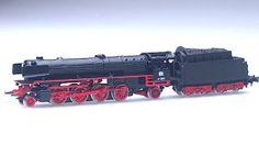 z scale locomotive