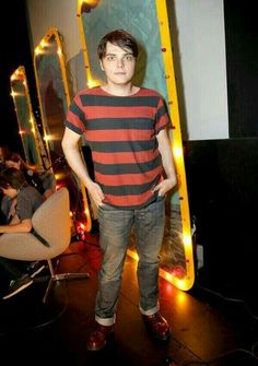 """Gerard Way Photos Photos - Musician/Comic book writer Gerard Way attends """"Humans From Earth"""" Podcast Series Day 2 at the Egyptian Theatre on May 2014 in Hollywood, California. - """"Humans From Earth"""" Podcast Series Day 2 My Chemical Romance, Egyptian Theater, I Love Mcr, Ray Toro, Mikey Way, Frank Iero, Gerard Way, Emo Bands, In Hollywood"""