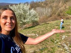 Out with a friend: spring sensations and fresh air. T Shirts For Women, Fresh, Lifestyle, Spring, Fashion, Moda, La Mode, Fasion, Fashion Models