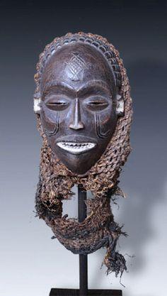 Mwana Pwo Maske