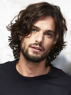 Short curly hairstyles 69102175521001528 - Favorite Hairstyles Ideas For Curly Hair Men To Try 28 Source by sumofmum Easy Hairstyles For Medium Hair, Boy Hairstyles, Boy Haircuts, Mens Hair Medium, Medium Length Hair Men, Modern Haircuts, Wedding Hairstyles, Formal Hairstyles, Mens Longer Hairstyles