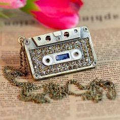 $5.05 Fashion Delicate Restore Bronze Necklace Tape Pendant with Shining Diamond