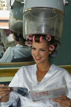 Home Beauty Salon, Hair And Beauty Salon, Stop Hair Loss, Prevent Hair Loss, Sleep In Hair Rollers, Hair Growth Shampoo, Roller Set, Hair Loss Remedies, Hair Transplant
