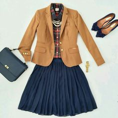Plaid Tartan Shirt, Camel-Colored Blazer, and Navy Pleated Skirt Preppy Outfits, Cute Outfits, Preppy Work Outfit, Preppy Wardrobe, Navy Pleated Skirt, Navy Skirt Outfit, Tartan Shirt, Gingham Shirt, Plaid Flannel