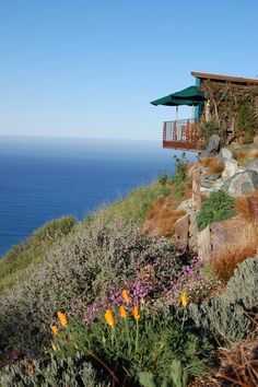 11 RESTAURANTS WITH THE MOST RIDICULOUSLY SCENIC VIEWS EVER