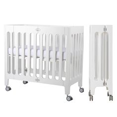 Bloom Alma Mini Urban Crib Frame Coconut White Suitable from newborn. Modern design, solid wood mini crib sized for urban living spaces. Bassinet with extended Co Sleeper Bassinet, Baby Bassinet, Cribs For Small Spaces, Small Baby Cribs, Best Crib, Bloom Baby, Mattress Dimensions, Bedroom Images, Mini Crib