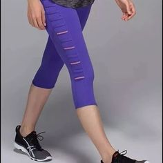 LULULEMON BREEZY CROP Priced to sell- fun color! lululemon athletica Pants Ankle & Cropped