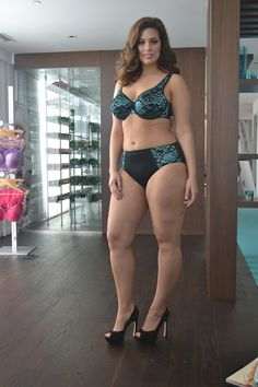 http://www.flawscouture.com/2012/03/addition-elle-intimates-event-with.html