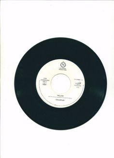 """COLD PLAY """"Yellow"""" CAPITOL Music Records 45 Free S/H USA"""