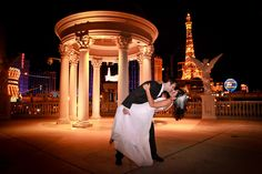 love this location for wedding day photos, at Caesar's Palace