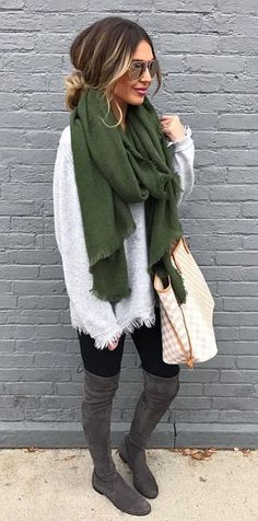 Here is Casual Winter Outfits for you. Casual Winter Outfits just casual look damen outfit komplettes winter outfit. Winter Outfits For Teen Girls, Winter Boots Outfits, Stylish Winter Outfits, Summer Outfits, Fall Boots, Grey Boots Outfit, Outfits With Grey Boots, Winter Scarf Outfit, Winter Maternity Outfits